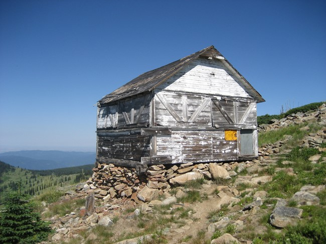 Coolwater Lookout outbuilding (Luke Channer photo)