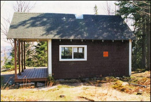 May 2002--Model 1928 Cabin (Bill Starr photo)