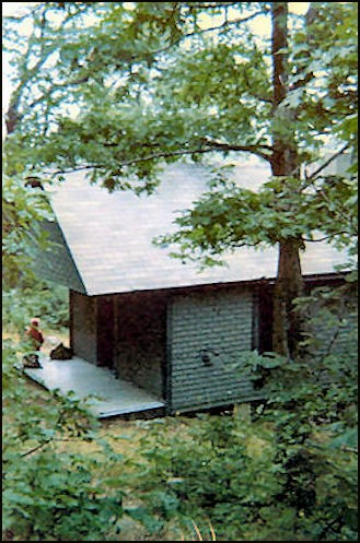 1974 Cabin (Bob Eckler photo-courtesy Bill Starr)